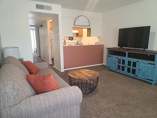 Sienna Square, 2 QB, 1 BA, WIFI, Near Old Town