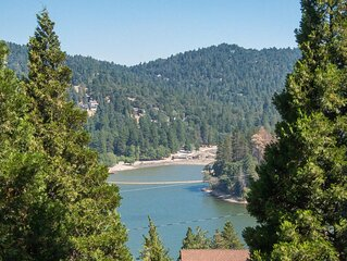 Lake View, Breezes, & Clean Mountain Air - the Perfect Getaway!
