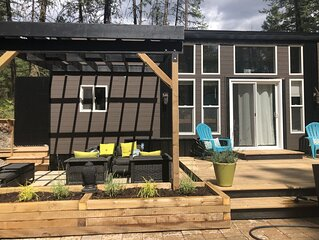 Tiny House in the forest - south Okanagan near St Andrews Golf Course