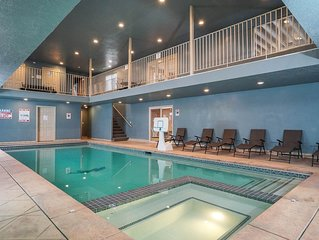 Indoor Pool House! Hot Tub * Large Theater * Sauna * Pets Ok * Game Room