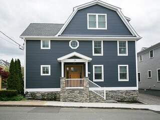 Newly built 5 star house in the heart of Newport's Yachting Village