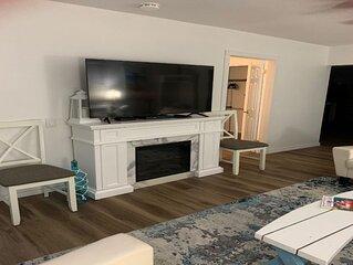 New listing-Beautiful Beach House Bungalow- Crystal Beach!