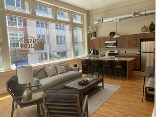 2 Bedroom Urban Apartment in the Heart of Knoxville