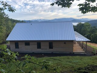 Family friendly modern cabin with year-round long & short range mountain views