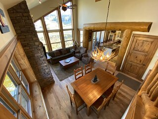 Black Bear Lodge 3 Bed/3 bath. Don't miss Thanksgiving in CB!
