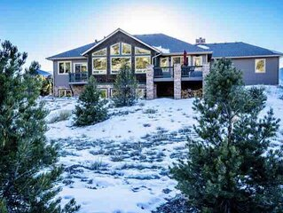 Luxury Riverfront Home on 2 Acres, with Hot Tub, only minutes from downtown BV