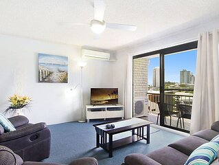 Skyline Unit 12- Located in central Coolangatta walking distance to beaches, sho