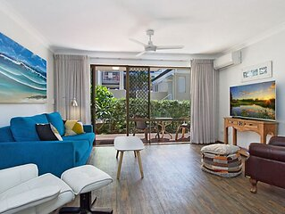 Cobden Court Unit 2 Two Bedroom Apartment walking distance from Rainbow Bay, Sna