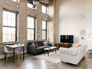Modern Gay St Loft w/ View