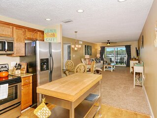 Renovated 2 bedroom 2 bath accross the street from beautiful Siesta Key Beach.