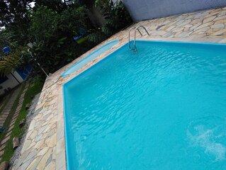 Casa S.Sebastiao Boraceia  piscina 1 infantil e 1 adulto, 4 quartos