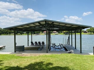 Shade Tree Cottage - Perfect Lake LBJ Getaway! Boat Dock coming soon!