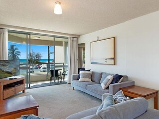 Kooringal Unit 3 - Wi-Fi included in this  apartment right on Greenmount Beach C