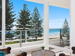 Rainbow Pacific Unit 9- Stunning views over Rainbow Bay and Snapper Rocks. Swimm