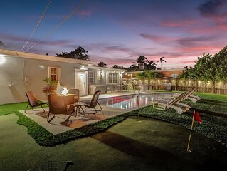 Private Pool Trendy 4BR House with Work Station & Gameroom