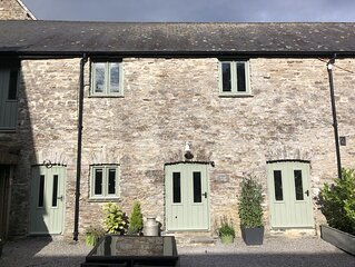 Two bedroom stone cottage near Dartmoor and Devon beaches