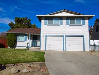 BEAUTIFUL TWO LEVEL HOME LOCATED NEAR CONVENTION CENTER AND ATLANTIS CASINO