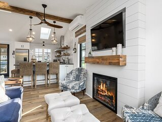 Charming Beach Cottage on the Marsh / Newly Renovated
