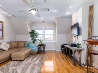 DuPont Apt, New, skylights, 2 blocks metro