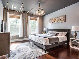Spacious 5 Bedroom HGTV Duplex - Sleeps 14
