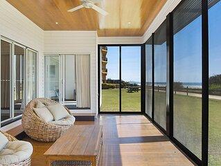 Beachfront Abode - Absolute beachfront holiday house