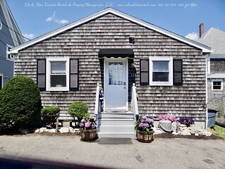 >UPDATED NEAR THE NUBBLE< *Nubble Point Cottage*
