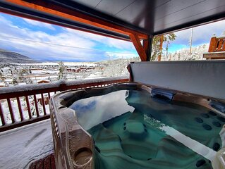 Luxury Home w/Amazing views from all 3 levels & XL Hot tub!