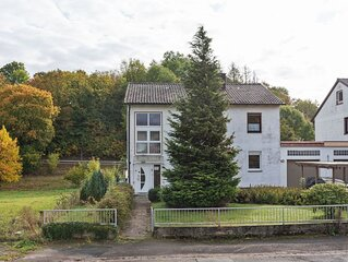 Spacious Apartment near Forest in Freienhagen