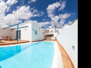 Villa Naos con Piscina Privada y Vistas al Mar