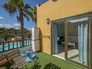 Oasis Royal 11 apartamento vista piscina Corralejo by Lightbooking