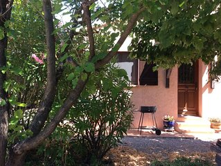 Peaceful gite with pool in rural Provence ideal for coast and lake visits.