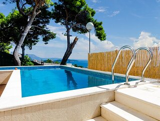 5 bedroom accommodation in Dubrovnik