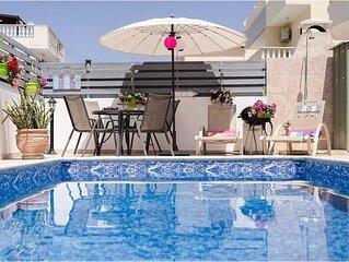 Villa Maria Elena, 3 Bed Villa Universal Area Paphos