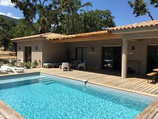 """Villa standing avec grande piscine  7"""" plages et Porto vecchio 6 personnes"""