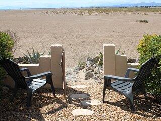 Vue mer et montagne appartement 4 personnes sur la plage a Gruissan les Ayguades
