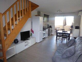 Appartement T2, 40 m2 a 350m plage des Lecques,au calme.Climatise.Parking prive