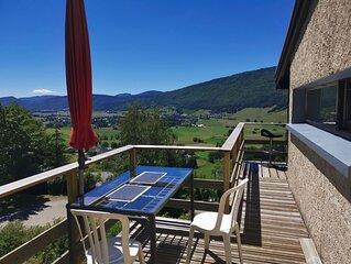 Maison  avec vue exceptionnelle sur le Vercors. Chèques vacances. proche pistes