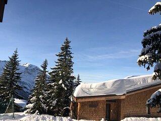 Grand Studio 32 m2 dans immeuble classé , rénové, calme, ski au pied,  balcon