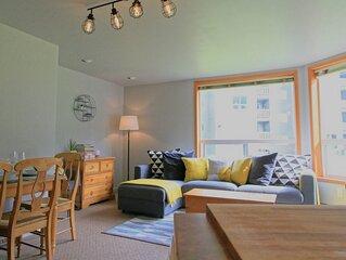 Bright   Cozy   2 Q Bed & Sofa Bed * Fernie Resort