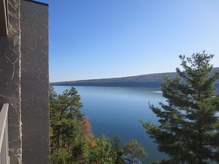 Canandaigua / Bristol Harbour Lakeside Condo -All Season Resort!