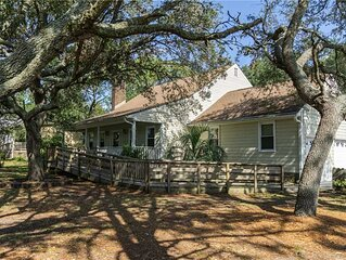 Windy Pointe - Partially Handicap Accessible 3 Bed/2.5 Bath with Pool
