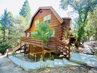 The Creek-Side Cabin: Big Deck, Peace, Quiet, Privacy, Short Walk To Town