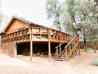�Log cabin in Payson. Fast Wifi. Large Patio.