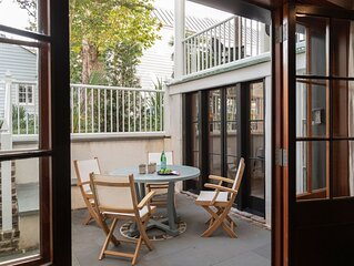 Lovely 2 Bed 1 Bath, heart of Downtown Charleston