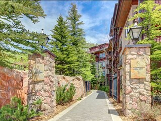 rare Solitude CONDO, walking distance to resort, hot tub/pool/gym and more!