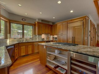 Luxury Home  In Squaw - 1 mile from slopes- natural setting with easy access