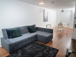 Luxury Two Bedroom Apartment In Liverpool City Centre