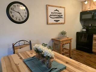 The Villages 1 BR 1BA Sleeps 6 Ski in/out