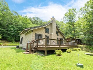 Lake Area Home w/Fire Pit, Wood Fireplace, & Gas Grill!