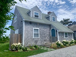 New Rental! Renovated in 2020, Walk to Beach, Outdoor Shower, Fire Pit, Tennis